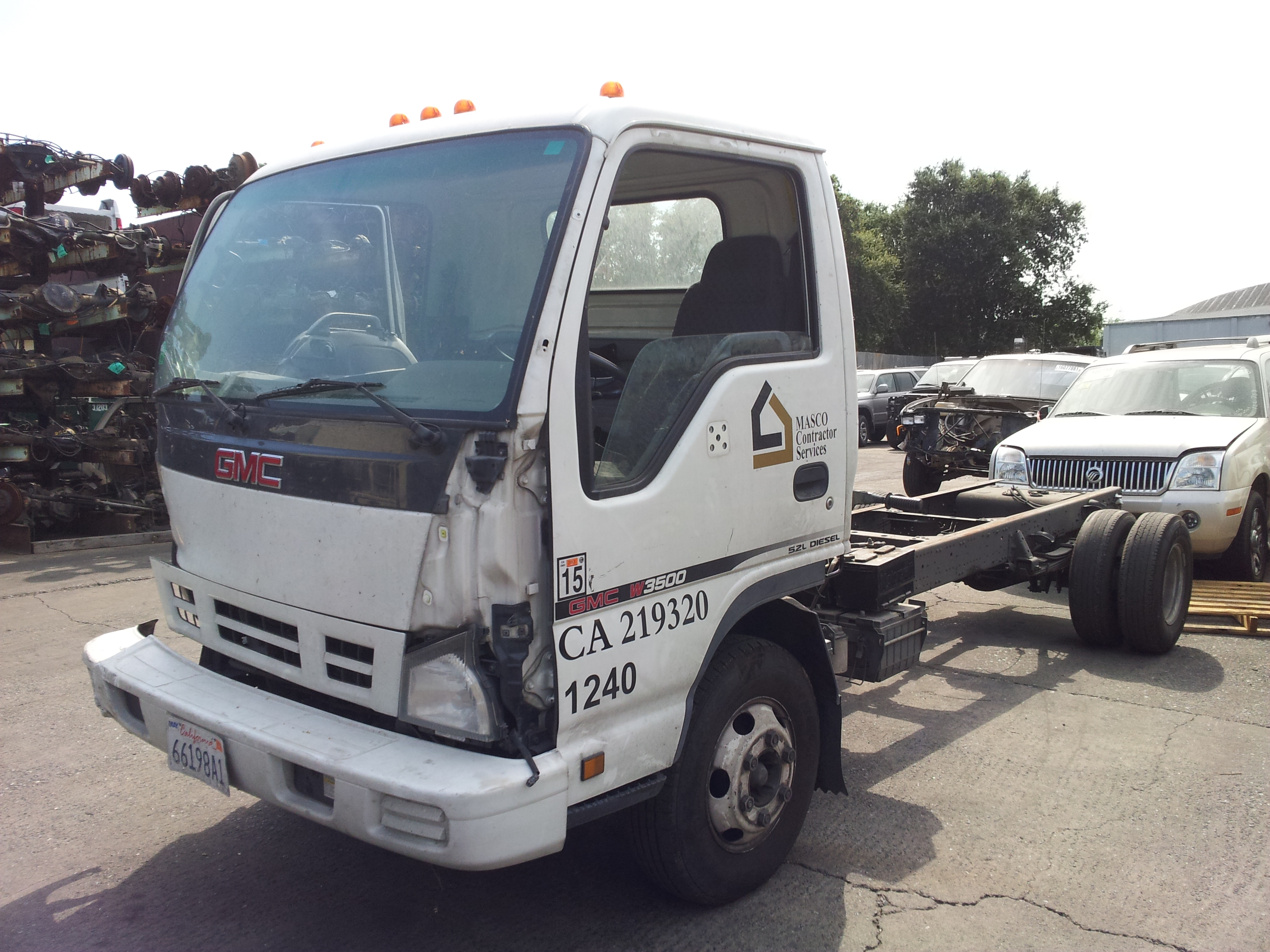 2012 08 14 15 44 33 2006 gmc w3500 box truck 5 2l rjs 4hk1 isuzu diesel engine, aisen isuzu truck fuse box location at readyjetset.co