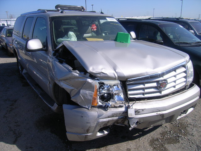 2004 Cadillac Escalade ESV Parts