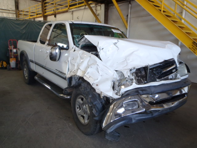 Parting Out 2000 Toyota Tundra Sr5 4 7l V8 4x4 Subway