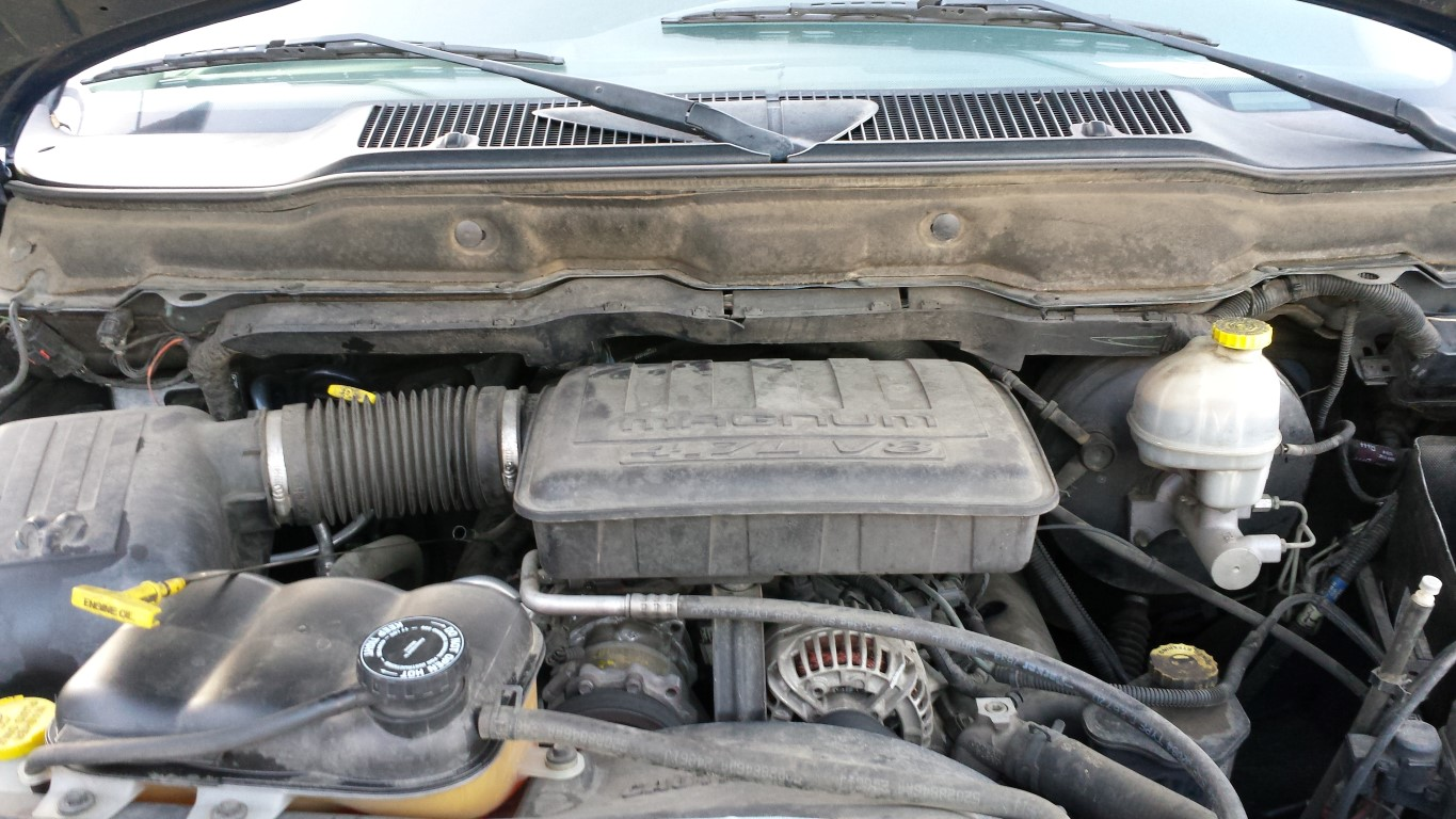 Parting Out 2003 Dodge Ram 1500 4 7l V8 45rfe 4x4 Subway