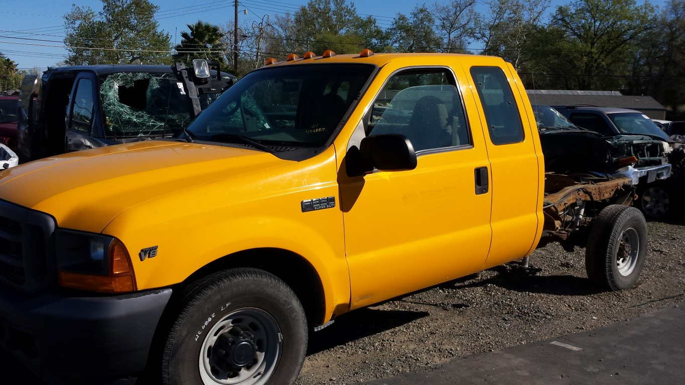 parting out 2001 ford f250 2wd 5 4l v8 4r100 automatic subway truck parts inc auto. Black Bedroom Furniture Sets. Home Design Ideas