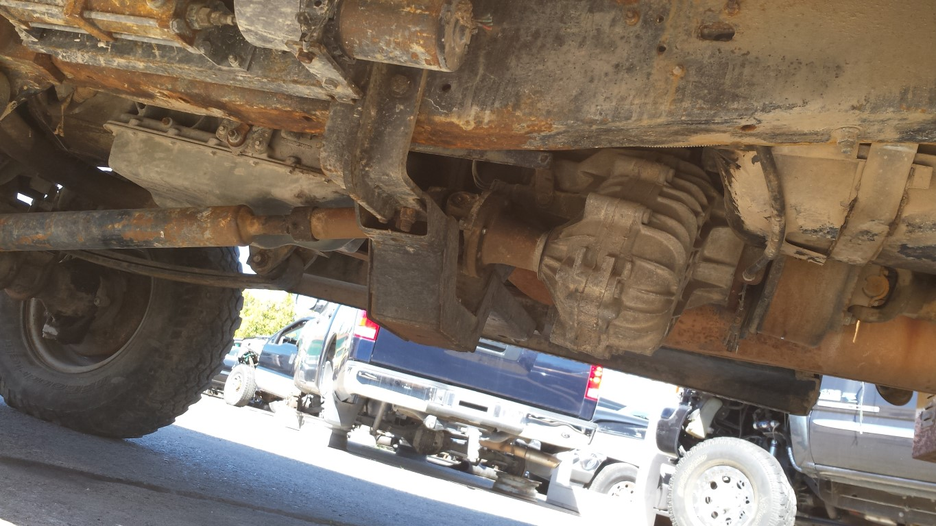 Borg Warner Transmission Parts >> Parting Out 1996 Ford F450 4x4 7.5L EFI 460 V8 E40D Automatic | Subway Truck Parts, Inc. | Auto ...