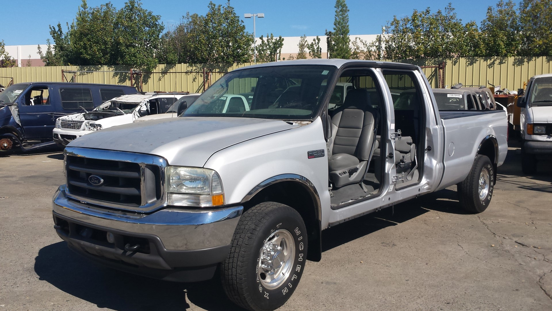used parts 2004 ford f250 lariat 6 0l v8 5r110w torqshift. Black Bedroom Furniture Sets. Home Design Ideas