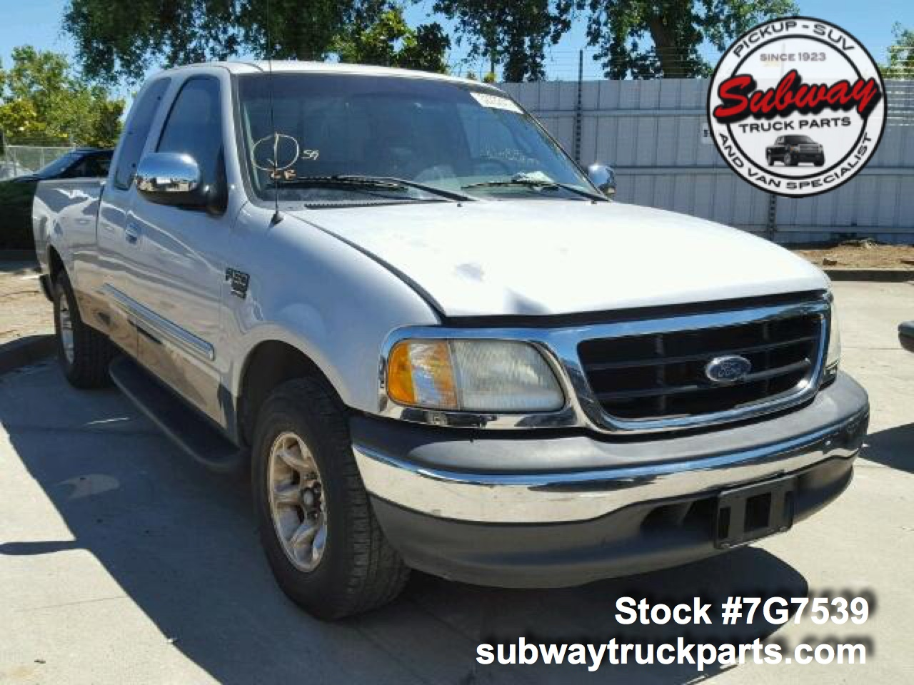 Ford Truck Parts >> Used Parts 2001 Ford F150 Xlt 5 4l 4x2 Subway Truck Parts Inc